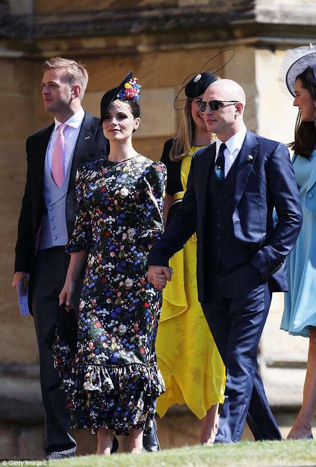 Loạt khoảnh khắc đẹp như mơ của vợ chồng Beckham và dàn sao Hollywood tại đám cưới Hoàng tử Harry - Ảnh 18.