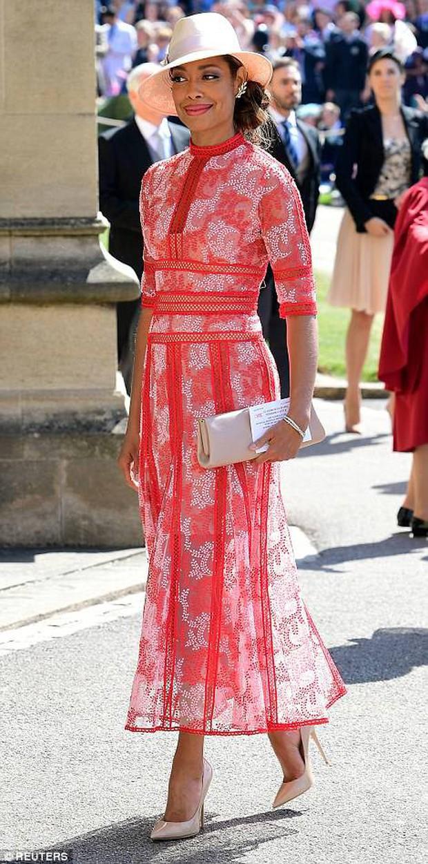 Loạt khoảnh khắc đẹp như mơ của vợ chồng Beckham và dàn sao Hollywood tại đám cưới Hoàng tử Harry - Ảnh 26.