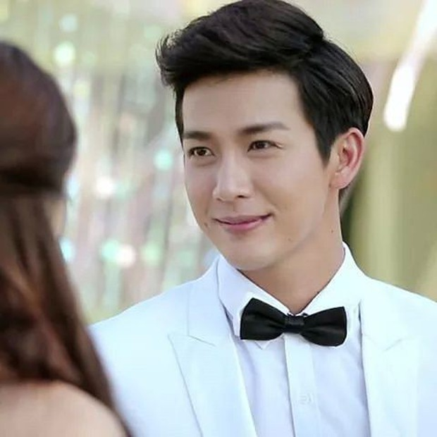 Ugly Duckling 1: Lời nói dối ngọt ngào về mĩ nam gia thế khủng nước Thái Push Puttichai - Ảnh 4.
