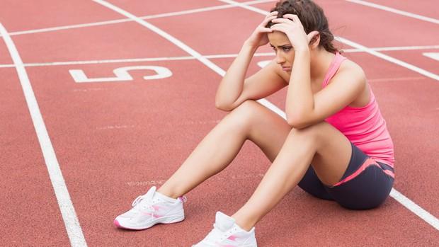 Những sai lầm khi tập luyện khiến bắp chân chẳng những không nhỏ đi mà còn to ra - Ảnh 1.