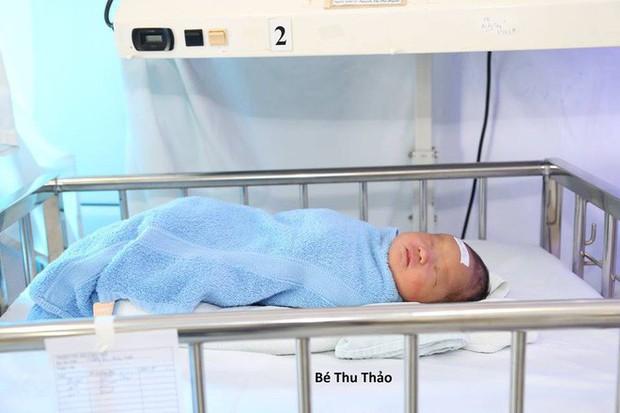 Hà Nội: 2 em bé sơ sinh cùng bị mẹ bỏ rơi tại bệnh viện - Ảnh 2.