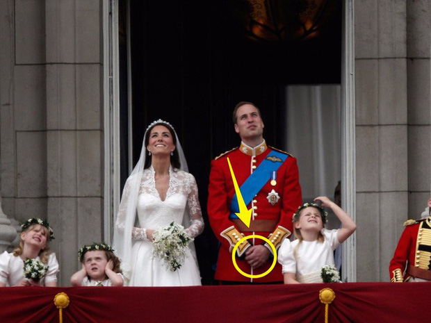 Kết hôn với Meghan Markle, Hoàng tử Harry phá vỡ truyền thống đeo nhẫn cưới của Hoàng gia Anh - Ảnh 2.