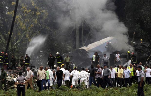 Ảnh: Hiện trường vụ rơi máy bay chở hơn 100 người ở Cuba - Ảnh 3.