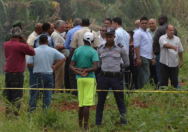 Vụ rơi máy bay Cuba: Xác máy bay vương vãi, hành khách thiệt mạng gần hết - Ảnh 5.