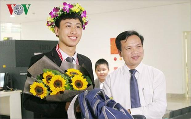 Đỗ ĐH số 1 thế giới, giành 2 HCV Olympic Quốc tế, 9x Quảng Bình lại vừa nhận Huân chương Lao động hạng Ba của Chủ tịch nước - Ảnh 3.