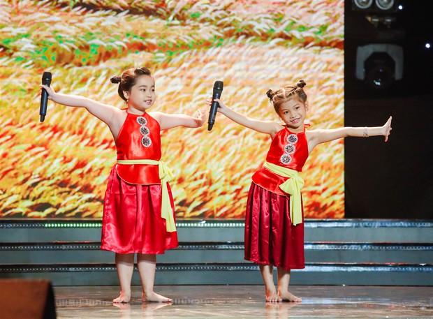 Huỳnh Lập tái hiện trích đoạn Tấm Cám, tát Nguyên Khang lăn quay trên sân khấu - Ảnh 5.