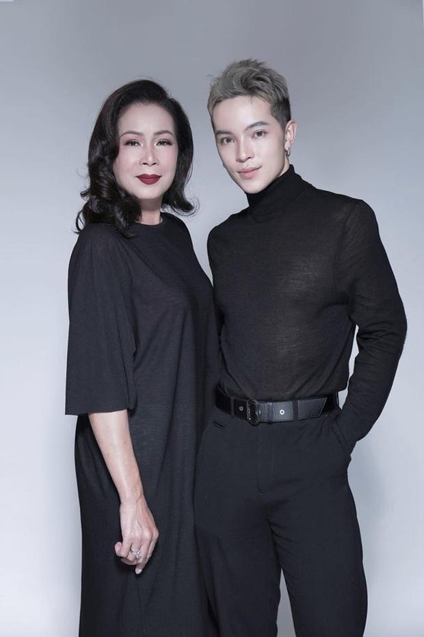 Kelbin Lei khoe ảnh gia đình, cư dân mạng nhìn vào cứ tưởng là poster phim TVB - Ảnh 9.