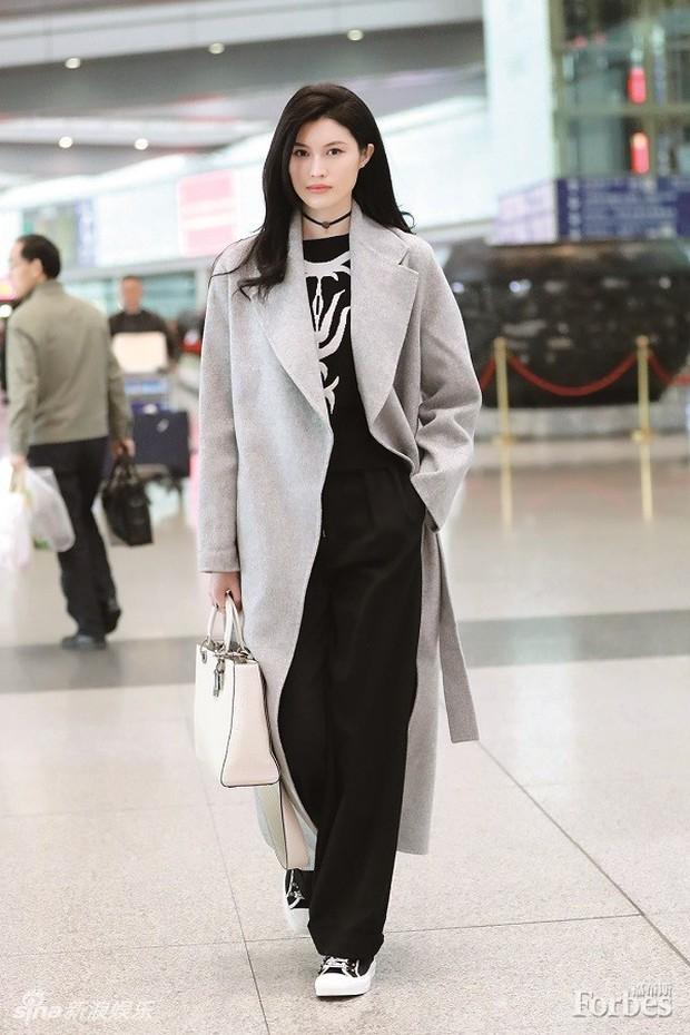 Top 10 siêu mẫu xứ Trung đình đám thế giới do Forbes bầu chọn: Liu Wen giữ ngôi vương khó ai tranh chỗ - Ảnh 6.