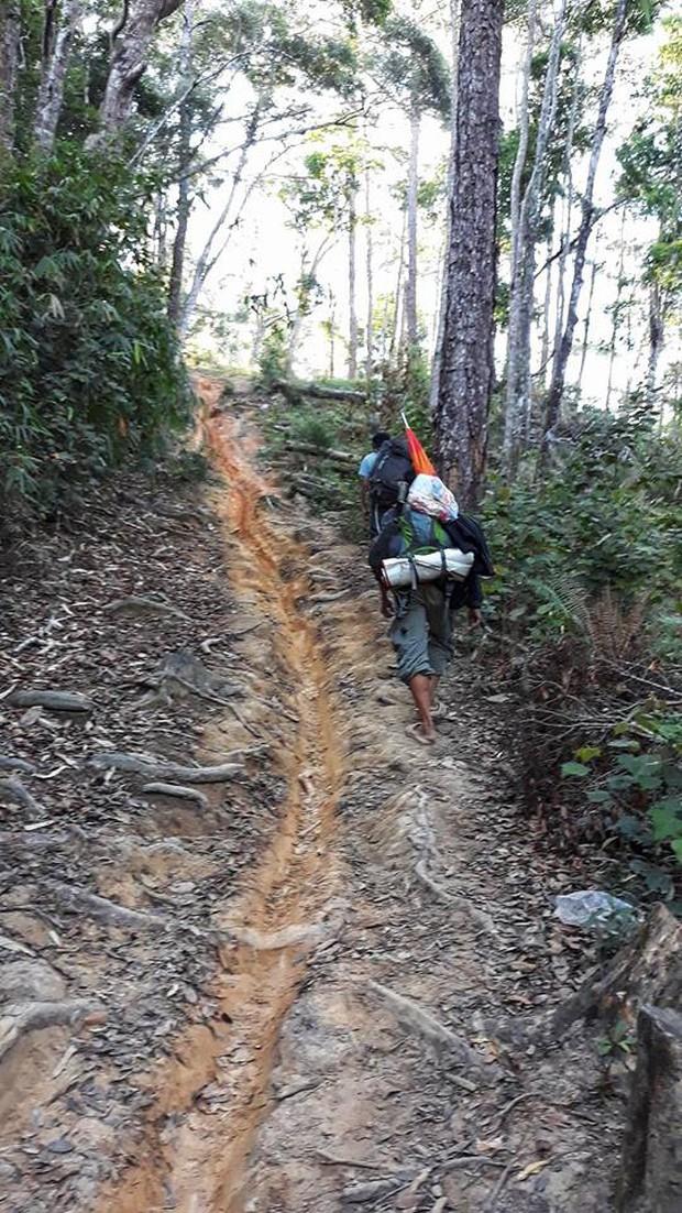 Tìm thấy thi thể nam phượt thủ ở Tà Năng - Phan Dũng sau 8 ngày mất tích - Ảnh 4.