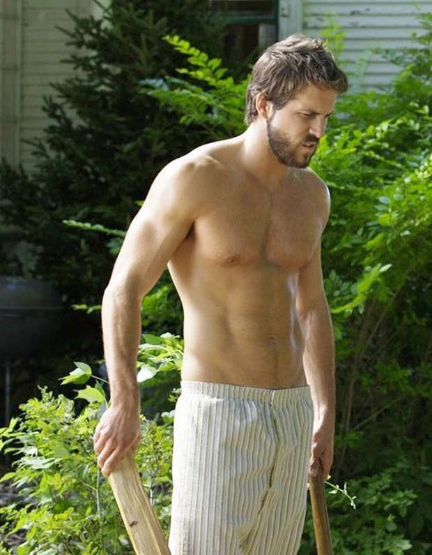Trong Deadpool mặc kín thế, nhưng mỗi khi Ryan Reynolds cởi áo ra thì ai cũng phải mất máu! - Ảnh 17.