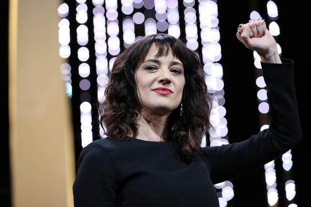 Lễ bế mạc Cannes 2018 khép lại bằng bài diễn văn #MeToo gây rúng động của nữ đạo diễn Ý từng bị cưỡng bức - Ảnh 7.