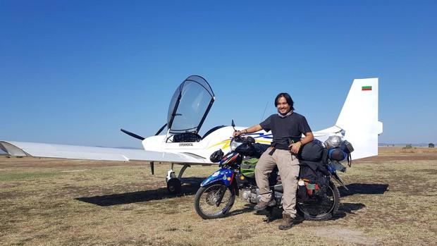 Trần Đặng Đăng Khoa và chiếc xe máy vòng quanh thế giới: Không phải nói đi là mai đi luôn, hành trình đó phải chuẩn bị trong nhiều năm trời - Ảnh 3.