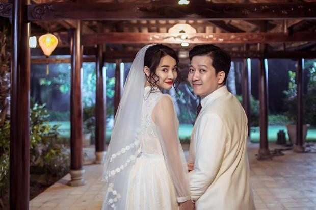 3 năm yêu đầy sóng gió của Trường Giang và Nhã Phương kết lại bằng lễ đính hôn bí mật! - Ảnh 4.