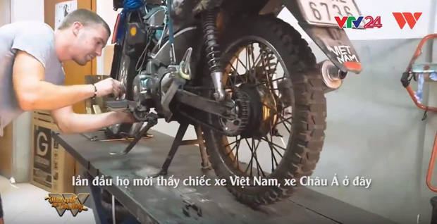 Trần Đặng Đăng Khoa và chiếc xe máy vòng quanh thế giới: Không phải nói đi là mai đi luôn, hành trình đó phải chuẩn bị trong nhiều năm trời - Ảnh 5.