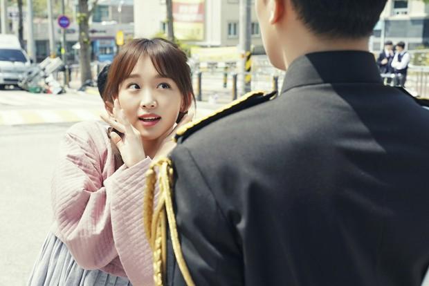 Đến Ôm Em: Phim bi hấp dẫn chỉ xem 20 phút là hiểu vì sao Suzy - Nam Joo Hyuk từ chối - Ảnh 7.