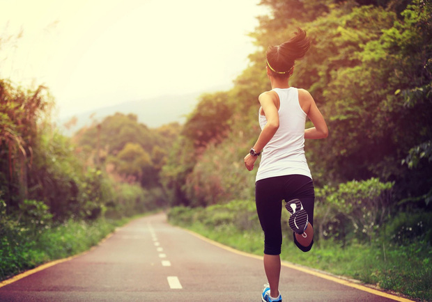 Chạy bộ giảm cân mà mắc phải những sai lầm này thì việc tập luyện cũng trở nên vô nghĩa - Ảnh 1.