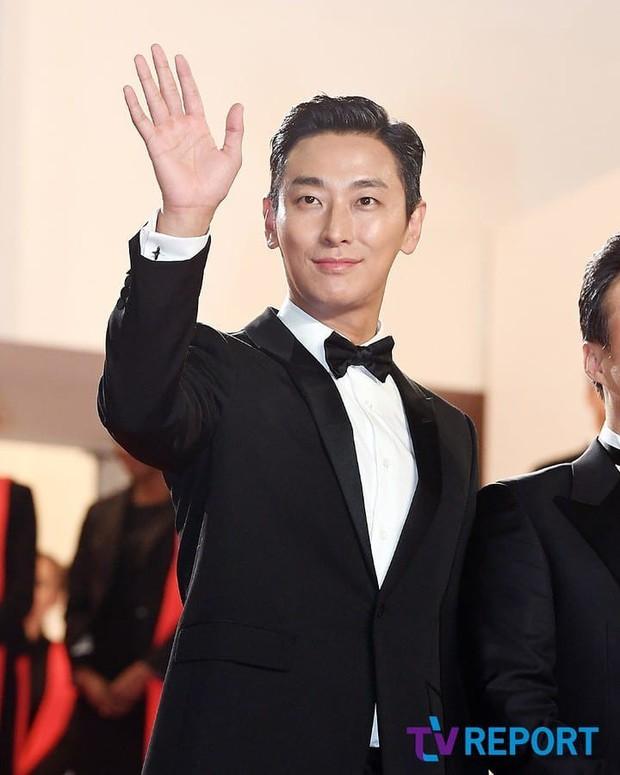 Nếu hỏi diễn viên Hàn nào vực dậy khỏi scandal ngoạn mục nhất, thì đó chính là Thái tử Shin! - Ảnh 8.