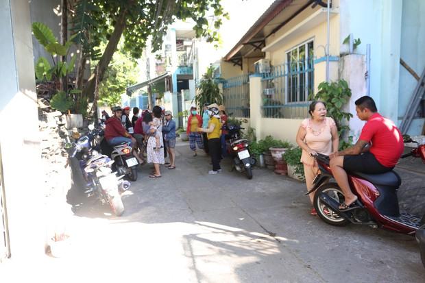 Đóng cửa nhóm trẻ bạo hành trẻ dã man ở Đà Nẵng, hàng chục phụ huynh bức xúc kéo đến kể tội - Ảnh 4.