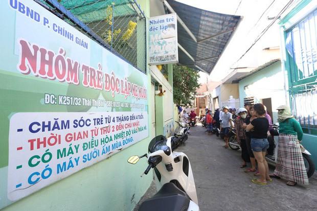 Đóng cửa nhóm trẻ bạo hành trẻ dã man ở Đà Nẵng, hàng chục phụ huynh bức xúc kéo đến kể tội - Ảnh 2.