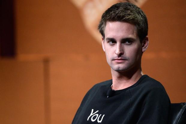 Evan Spiegel - CEO lương khủng nhất thế giới vừa một tay gạt đổ cả cơ ngơi Snapchat - Ảnh 2.