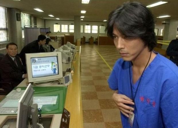 Đường trở lại của 7 tài tử Hàn dính scandal động trời: Người mất gần 5-10 năm, kẻ bị cấm sóng vĩnh viễn - Ảnh 6.