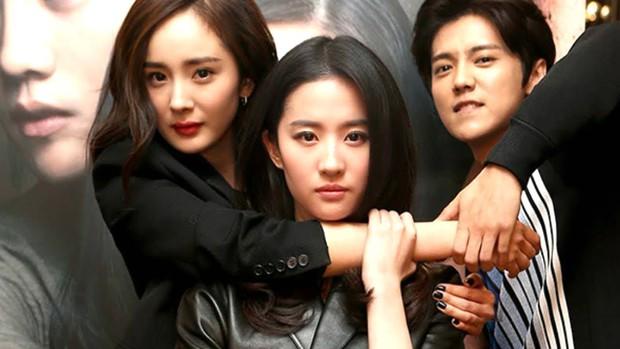 Rộ tin đồn đóng phim mới, Dương Mịch bị mỉa mai là đâm sau lưng Lưu Diệc Phi - Ảnh 4.