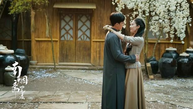 Rộ tin đồn đóng phim mới, Dương Mịch bị mỉa mai là đâm sau lưng Lưu Diệc Phi - Ảnh 2.