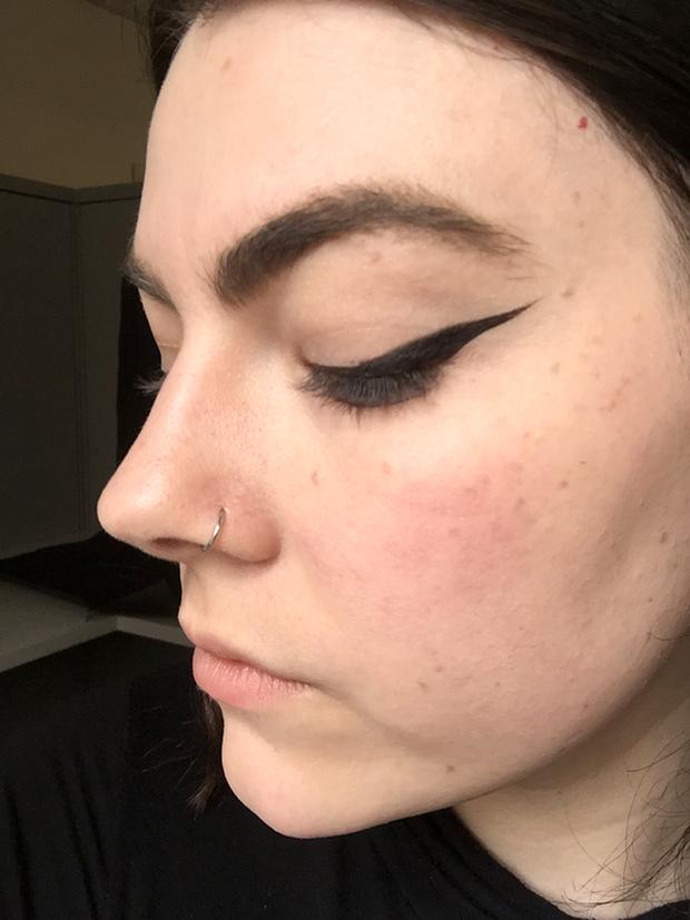 Cô gái này đã thay hội chị em thử 9 cây bút kẻ mắt dưới 230.000 VNĐ và đây là những gì cô ấy rút ra được - Ảnh 13.