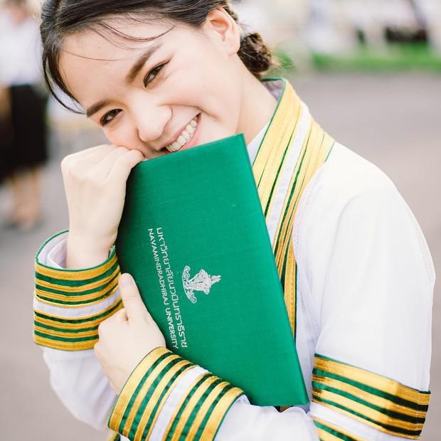 Ảnh tốt nghiệp sinh viên Thái Lan: Ngỡ như đang lạc vào thiên đường trai xinh gái đẹp - Ảnh 11.