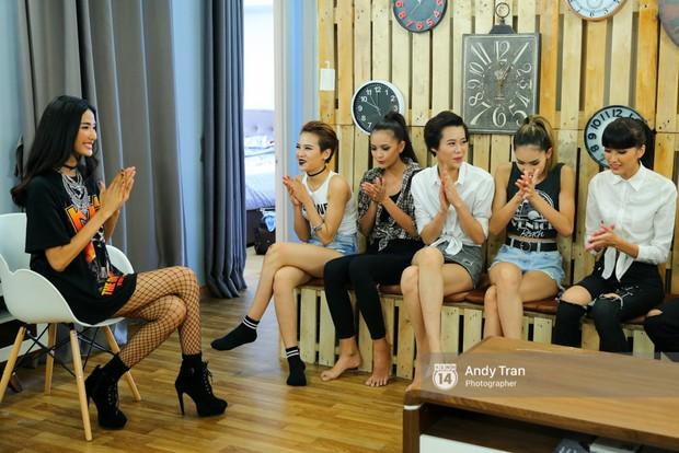 Ngoài Võ Hoàng Yến, ai từng ngồi ghế nóng cả The Face lẫn Next Top Model? - Ảnh 9.