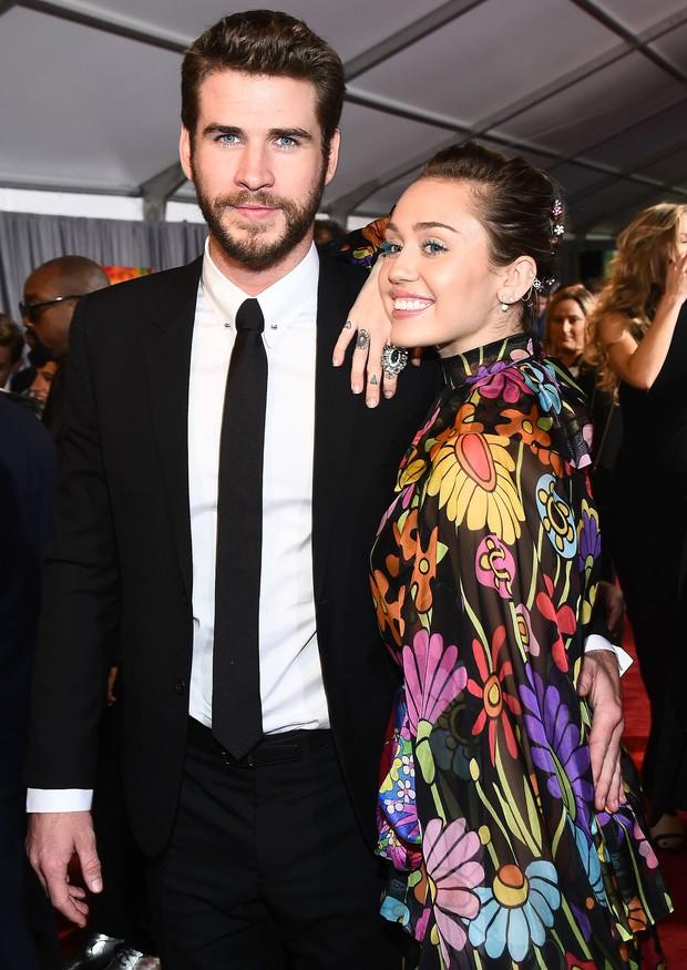 Thor Chris Hemsworth đáng yêu không tả nổi khi cùng các con nhảy theo hit của em dâu Miley - Ảnh 3.