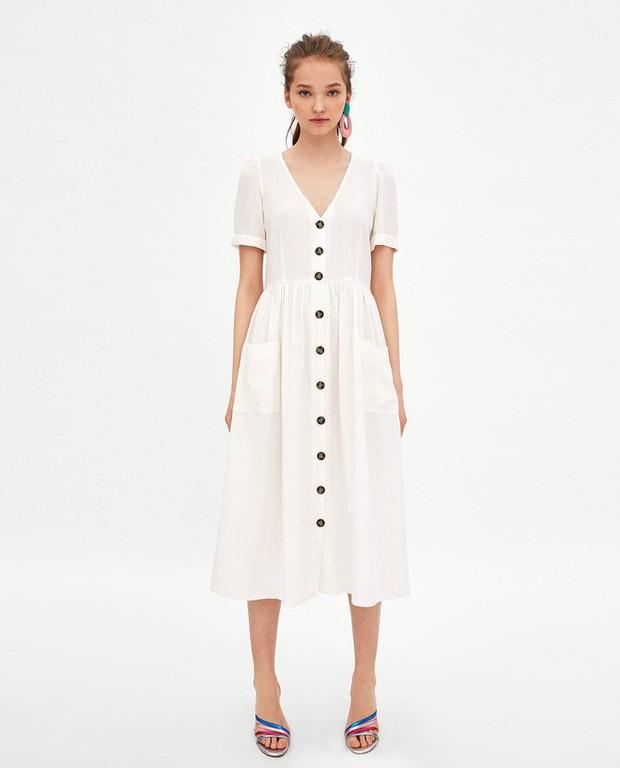 Mẫu váy trắng của Zara đang hot quá, bao cô nàng diện, bao nhãn hàng tung ra thiết kế ăn theo  - Ảnh 1.