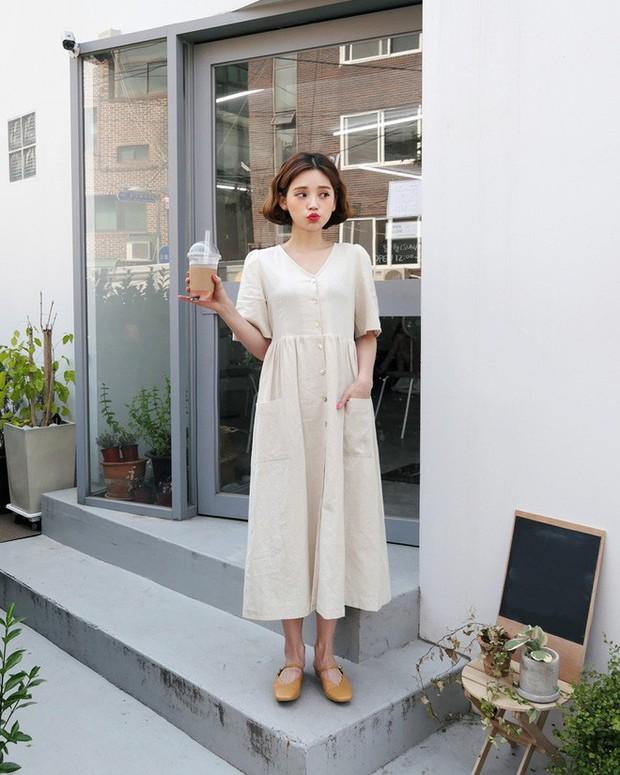 Mẫu váy trắng của Zara đang hot quá, bao cô nàng diện, bao nhãn hàng tung ra thiết kế ăn theo  - Ảnh 13.