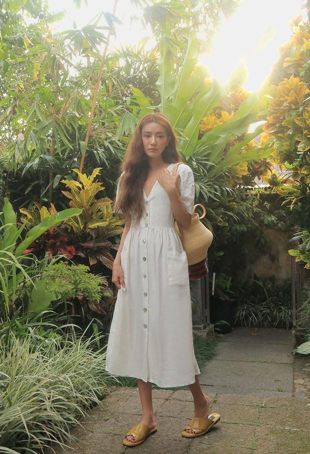 Mẫu váy trắng của Zara đang hot quá, bao cô nàng diện, bao nhãn hàng tung ra thiết kế ăn theo  - Ảnh 14.