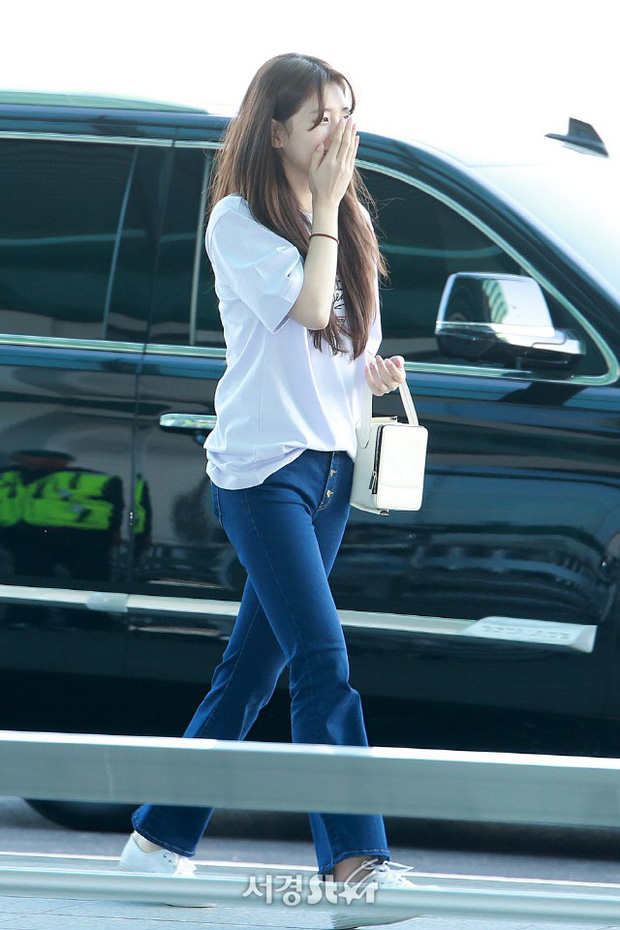 Suzy xinh đẹp lần đầu lộ diện sau lùm xùm kiện tụng - Ảnh 1.