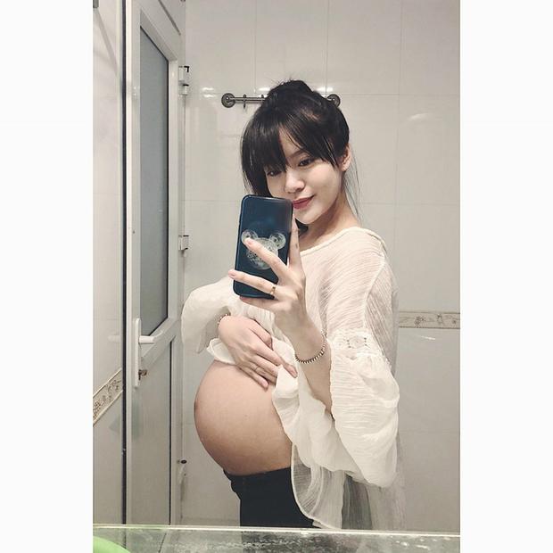 Nhật ký đi đẻ của hot girl Tú Linh: Chờ mãi con không chịu ra, chưa bao giờ mất bình tĩnh như thế trong cuộc đời - Ảnh 2.