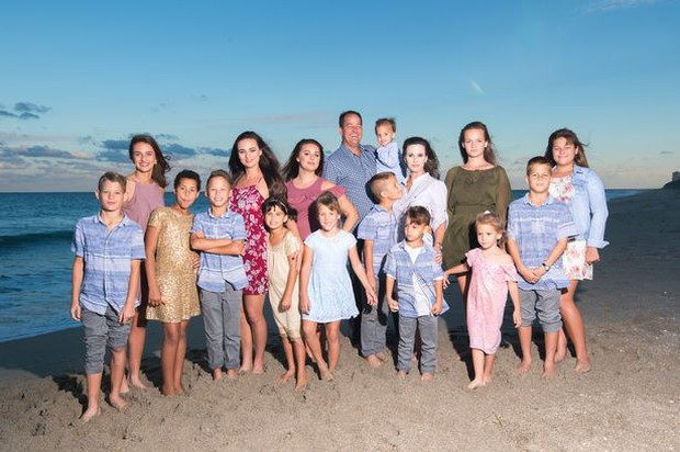 Người phụ nữ xinh đẹp tại Mỹ này đã xoay xở thế nào khi làm mẹ của những 16-đứa-con? - Ảnh 8.