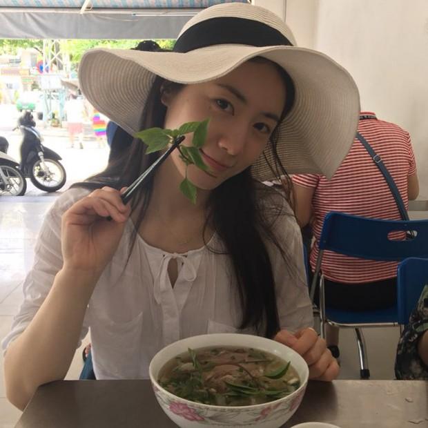 Fan Việt tiếp tục khủng bố khi Hyoyoung khoe hình ăn phở tại Đà Nẵng: Tìm lại công lý hay dần trở nên quá đà? - Ảnh 3.