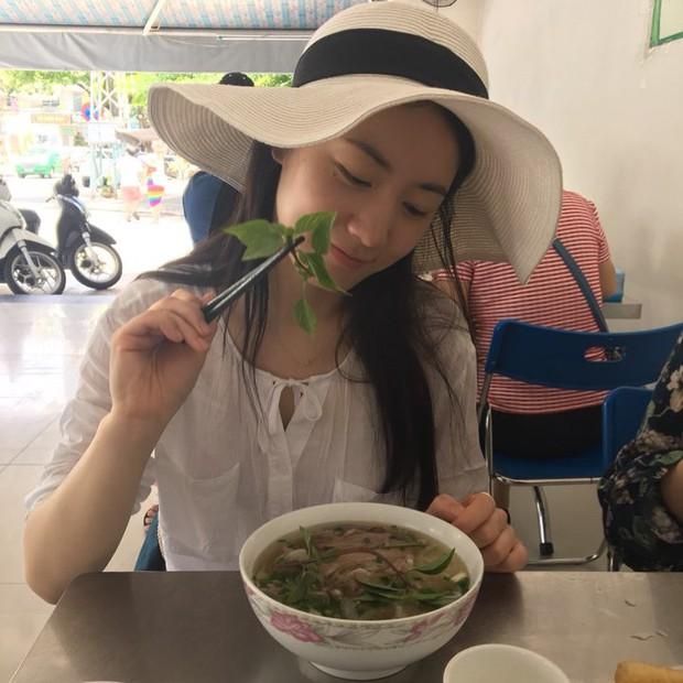 Fan Việt tiếp tục khủng bố khi Hyoyoung khoe hình ăn phở tại Đà Nẵng: Tìm lại công lý hay dần trở nên quá đà? - Ảnh 2.