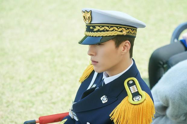 Hot boy của làng phim Hàn đến từ YG: Cao 1,87m, góc nghiêng hệt Hyun Bin, diễn xuất cực ổn! - Ảnh 6.