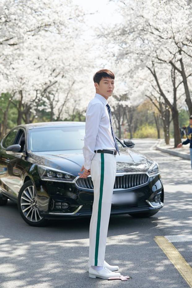 Hot boy của làng phim Hàn đến từ YG: Cao 1,87m, góc nghiêng hệt Hyun Bin, diễn xuất cực ổn! - Ảnh 3.