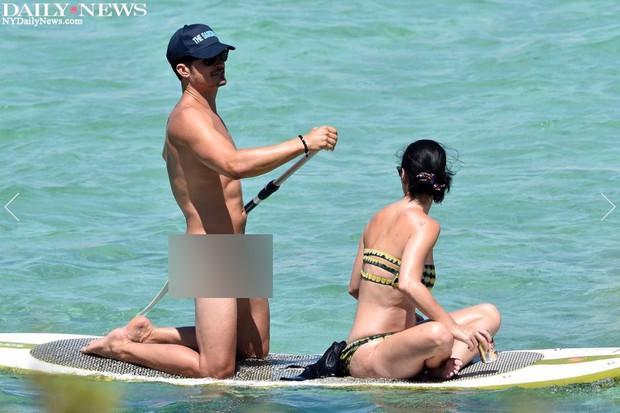 Orlando Bloom lại khỏa thân trước mặt Katy Perry và nhiều người khác - Ảnh 4.