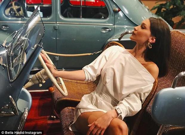 Bella Hadid khoe body gợi cảm hút mắt dù bị chụp ảnh lén và chưa được photoshop - Ảnh 8.