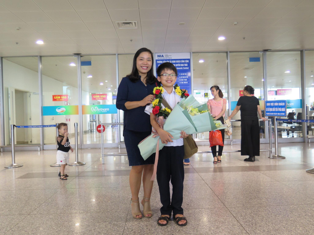 Học sinh Việt Nam giành 6 Huy chương Vàng tại Olympic Toán châu Á - Thái Bình Dương 2018 - Ảnh 3.