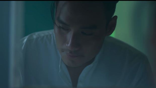 Nam Em hát tiếng Thái, gây ám ảnh với tạo hình ma nữ khóc ra máu trong MV mới - Ảnh 5.