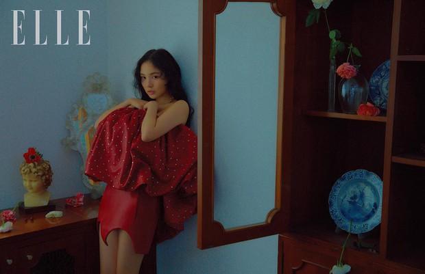 Hở bạo khoe lưng trần quyến rũ, Min Hyo Rin khiến dân tình phải thốt lên Đúng là nàng thơ của Taeyang - Ảnh 5.