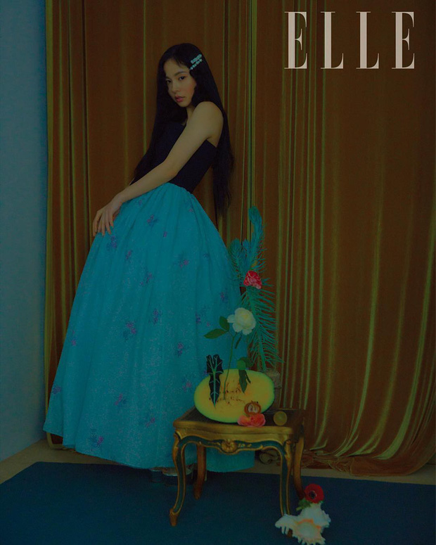Hở bạo khoe lưng trần quyến rũ, Min Hyo Rin khiến dân tình phải thốt lên Đúng là nàng thơ của Taeyang - Ảnh 6.
