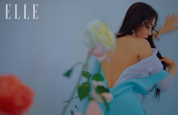Hở bạo khoe lưng trần quyến rũ, Min Hyo Rin khiến dân tình phải thốt lên Đúng là nàng thơ của Taeyang - Ảnh 9.