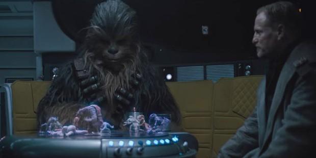 15 chi tiết thú vị mà fan Star Wars không thể bỏ qua trong Solo: A Star Wars Story - Ảnh 2.