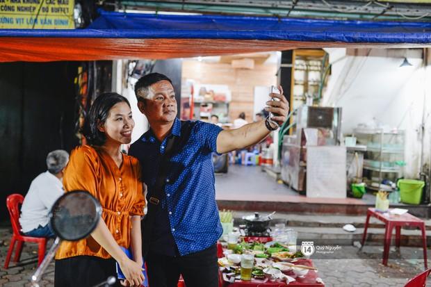 Cuộc sống hiện tại của Nguyệt trong Phía trước là bầu trời: Sáng đi dạy múa, tối về làm chủ quán bia - Ảnh 7.